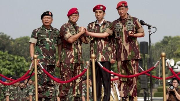 Presiden Jokowi Pimpin Upacara HUT TNI tahiun lalu