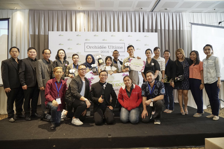 Seluruh peserta beserta dewan Juri dan tim Ekakarya