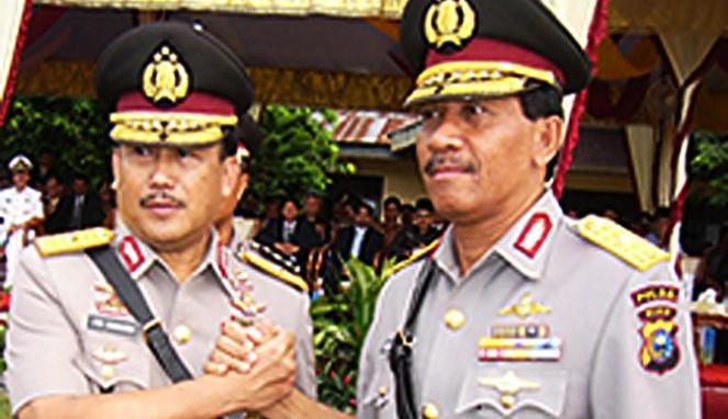 Ito Sumardi saat menjabat sebagai Kapolda Riau 2005