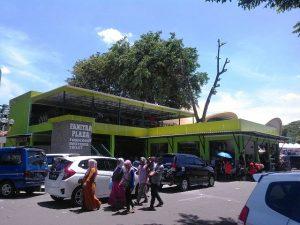 Plaza Fanitra 1