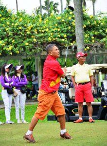 gaya-orang-main-golf-222