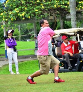 gaya-orang-main-golf