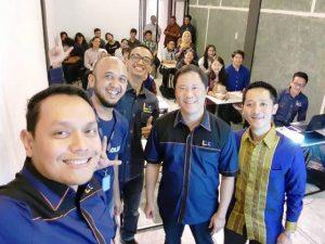 Bersama Ketua Umum PP JAPNAS, Bayu P Djokosoetono, saat Pelatihan Bisnis Online di Medan