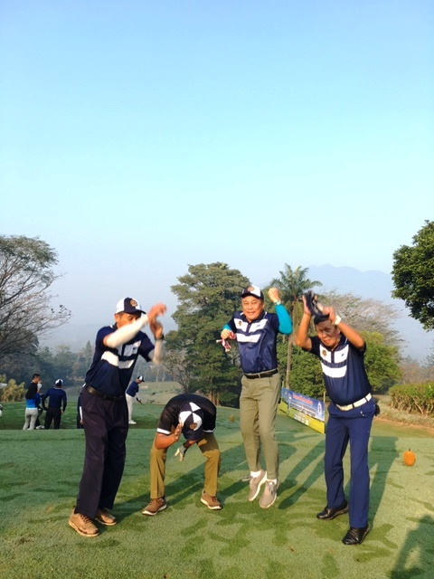 Terlihat kegembiraan & antusias para peserta mengikuti Turnamen Golf INKOPPOL 2019